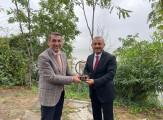 Vali Tuncay Sonel'e 'Yılın Spor İnsanı' ödülü verildi.