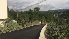 Ordu Büyükşehir yolları sıcak asfalt ile buluşturuyor.