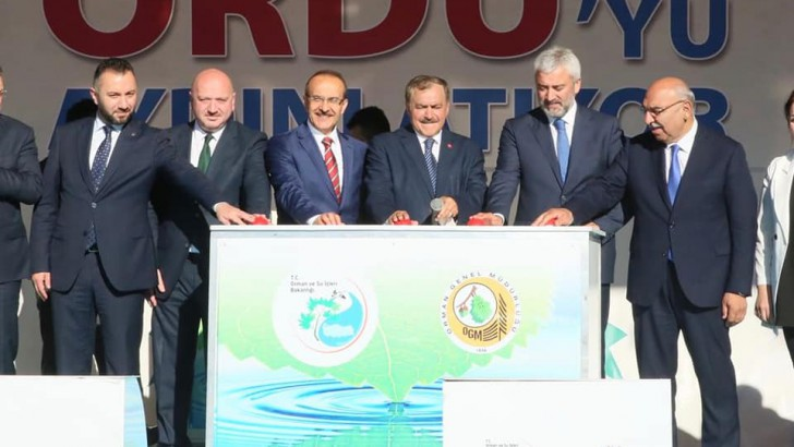 Bakan Eroğlu, Toplu Temel Atma ve Açılış Törenine Katıldı