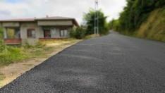 Ordu'da mahalle ve grup yollarında asfalt çalışmaları sürüyor.