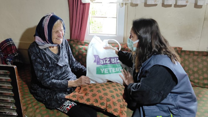 Ordu Büyükşehirden Yaşlı Vatandaşlara Şefkat Eli