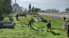 Ordu'da mezarlıklar bayrama hazırlanıyor