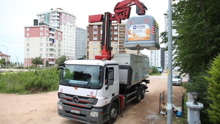 Fatsa Belediyesi yeni teknoloji çöp toplama sistemine geçti.