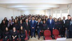 Vali Yavuz, Anadolu Lisesinde Kariyer Günlerine Katıldı