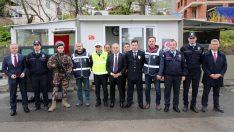 başkan tekintaş, görevi başındaki polislerin 10 nisan polis günü'nü kutladı