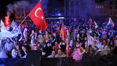 Zafer, Milletimizin ve Büyük Türkiye'nin Oldu