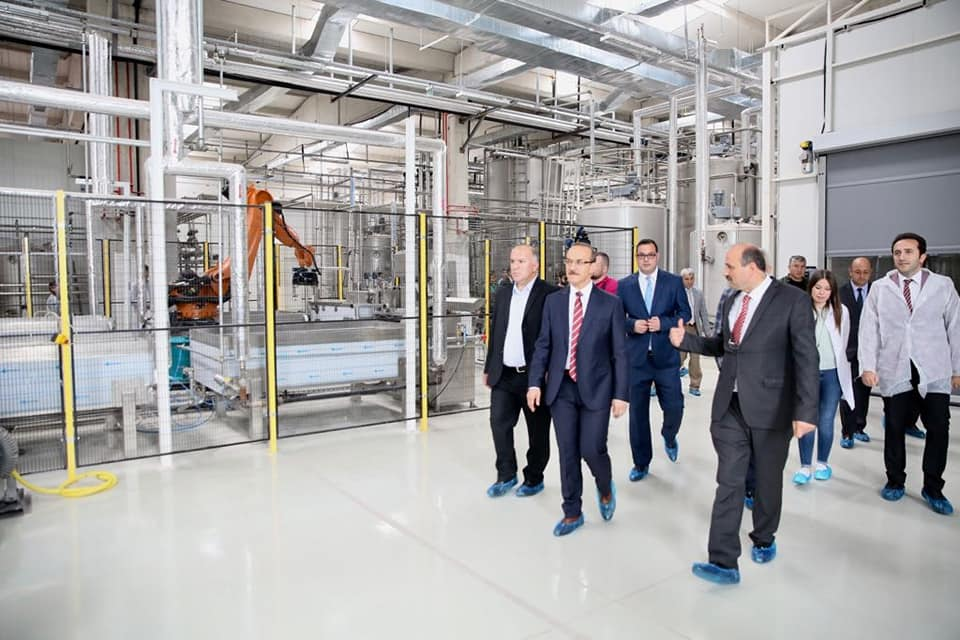Vali Yavuz, Bal Paketleme Tesisinin Deneme Üretimini Yerinde İnceledi
