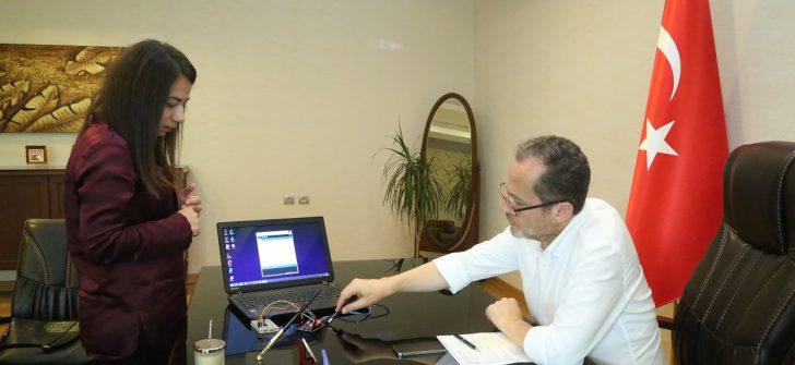 Rektör Yarılgaç'a Kodlama Eğitimi Hakkında Bilgi Verildi