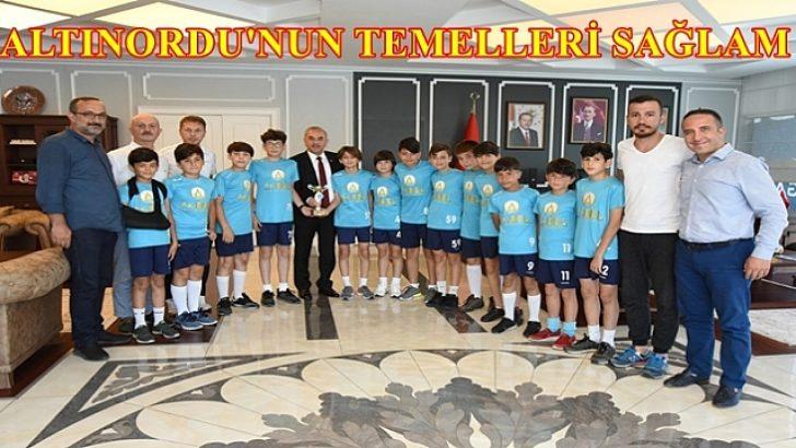 ŞAMPİYONLAR BAŞKANI ZİYARET ETTİ!