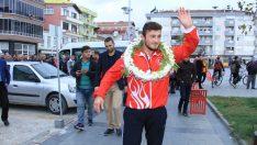 Balkan Şampiyonu Çevik için karşılama töreni