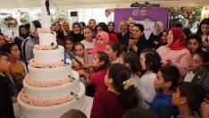 Bayan Yavuz, Sevgi Evlerinde Kalan Çocuklar Sevindirdi