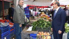 Vali Yavuz'dan pazar esnafına ziyaret