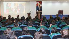 Vali Yavuz,Kariyer Günleri etkinliğine Katıldı