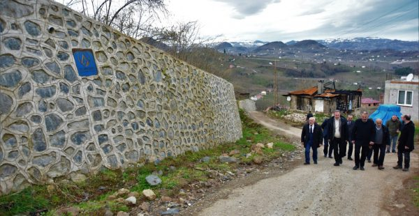 BAŞKAN TEZCAN, ARPAKÖY MAHALLESİ'NDE İNCELEMELERDE BULUNDU