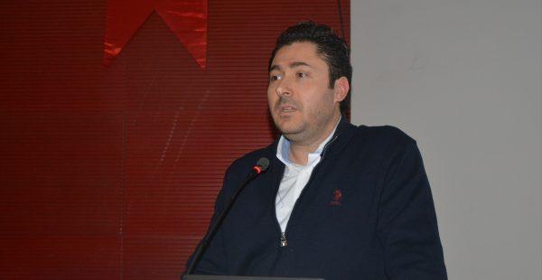"""""""2019 Yılında Türkiye ve Dünyada Ekonomik Politik Öngörüler"""" konferansı"""