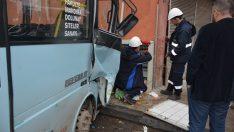 Ordu'da yolcu minibüsü evin duvarına çarptı: 8 yaralı