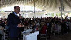 """AK Parti'yi bir arada tutan ana tutkal sahip olduğu iddiadır"""