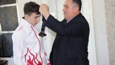 Dünya Yıldızlar Halter Şampiyonu Genç'e eğitim ve spor desteği