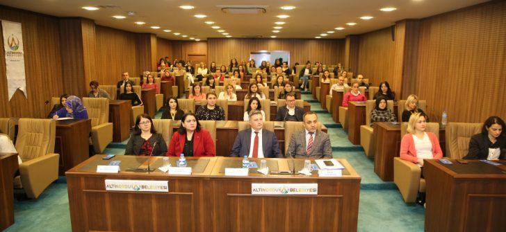 BELEDİYE PERSONELLERİNE 'UYUŞTURUCU İLE MÜCADELE VE MADDE BAĞIMLILIĞI' EĞİTİMİ