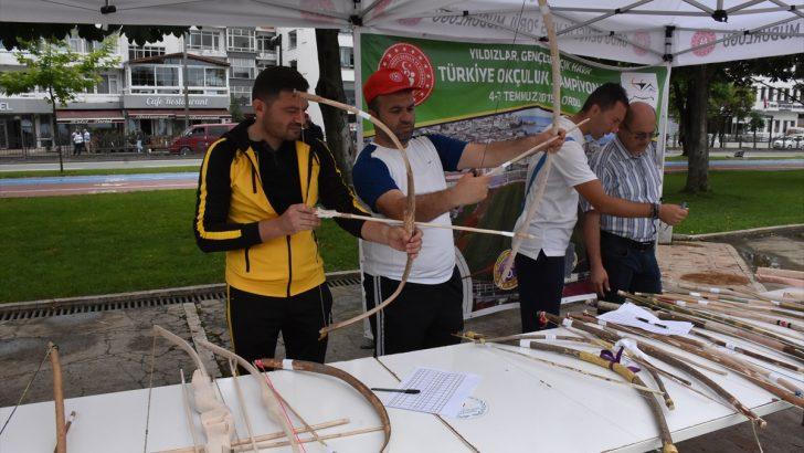 Fındık dalından yapılan ok ve yaylar yarıştı