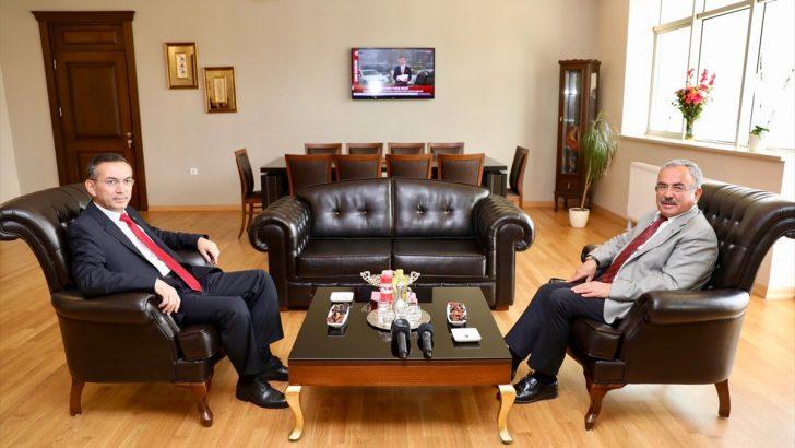Başkan Güler'den rektör Akdoğan'a ziyaret