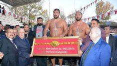 Yılın Son Güreş Şampiyonu Ordulu Recep Kara