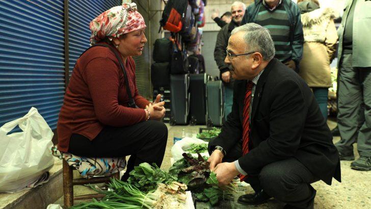 Başkan Güler, Çarşamba Pazarı'nda Halkla Birlikte