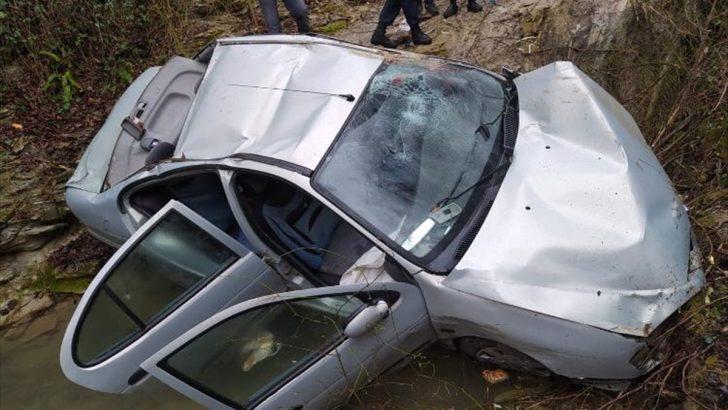 Ordu'da otomobil dereye devrildi: 4 yaralı