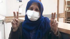 Ordu!da Koronavirüsü yenen yaşlı kadın alkışlarla taburcu edildi