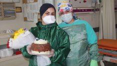 Ordu'da Hemşireye polislerden doğum günü sürprizi