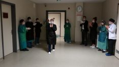 Ordu'da koronavirüs yenen hemşire alkışlarla taburcu edildi