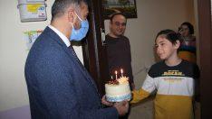 Ünye'de çocuklar 23 Nisan'ı evlerinde kutladı