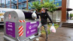 Altınordu Belediyesi çöp konteynerlerini yeniliyor.